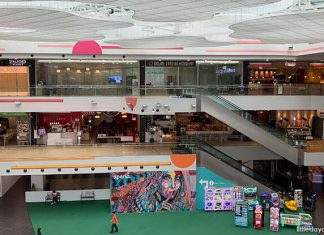 5 Shopping Malls With Free Parking And Are Family-Friendly Too