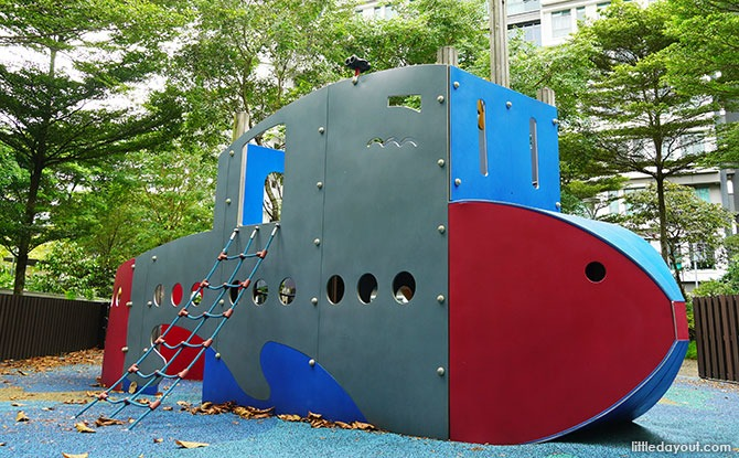 Waterway Cascadia Playground: Submarine & Story Book At Play