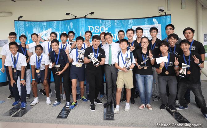 Group Photo of Singapore Amazing Flying Machine 2017 Award Winners