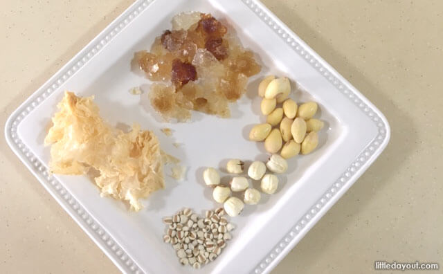 Ingredients for Snow Fungus Dessert (Tong Sui)