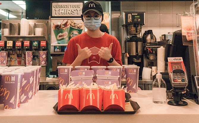 Changi Airport Frontline Employees Receive BTS Meals As A Gesture Of Thanks From McDonald's Singapore