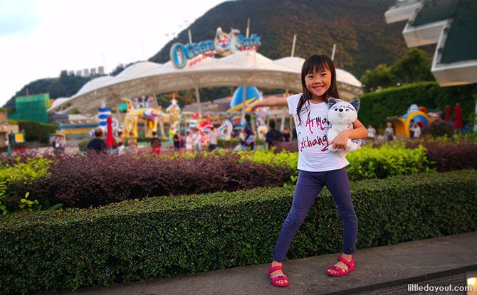 Alysa's Day Out at Hong Kong Ocean Park
