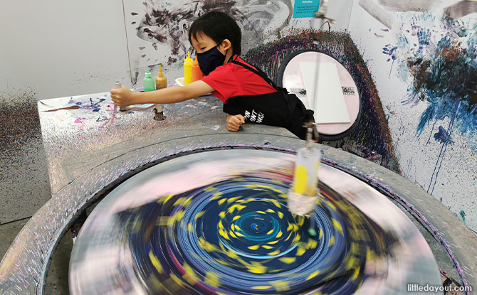Family Review: Spin Paint House