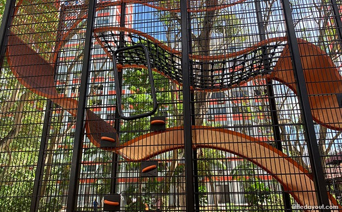 Blk 158 Bishan Street 13 Wallhola Vertical Playground