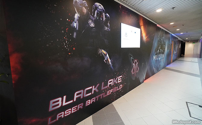Laser Tag At Singapore Discovery Centre: Black Lake Laser Battlefield