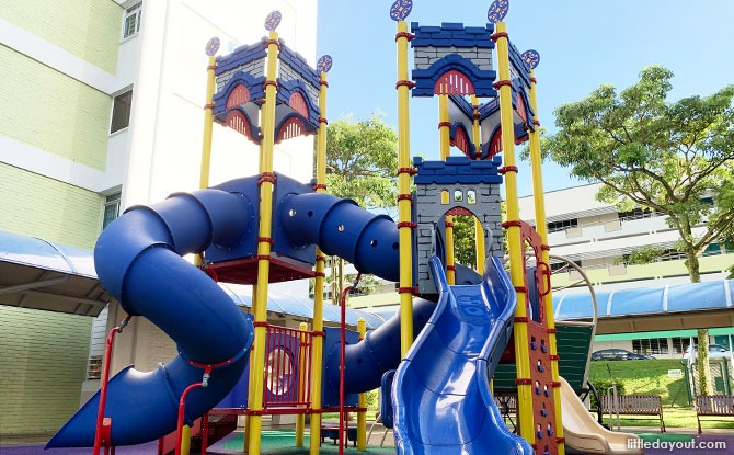 Clementi Castle & Wagon Playground