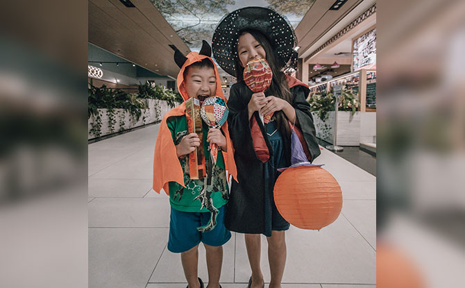 Changi Rewards Members With Children Dressed In Halloween Costume Get A Sweet Treat This Weekend