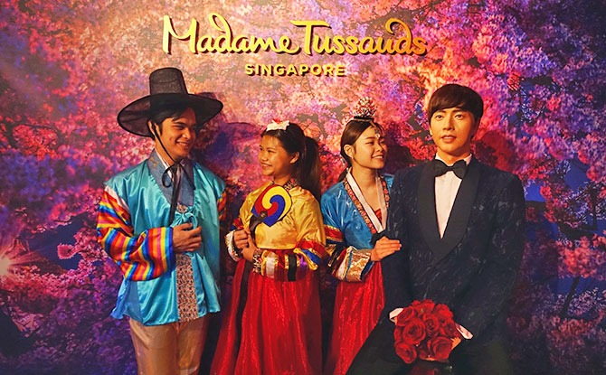 Madame Tussauds Singapore Adds Park Hae-jin Figure And Hanbok Experience