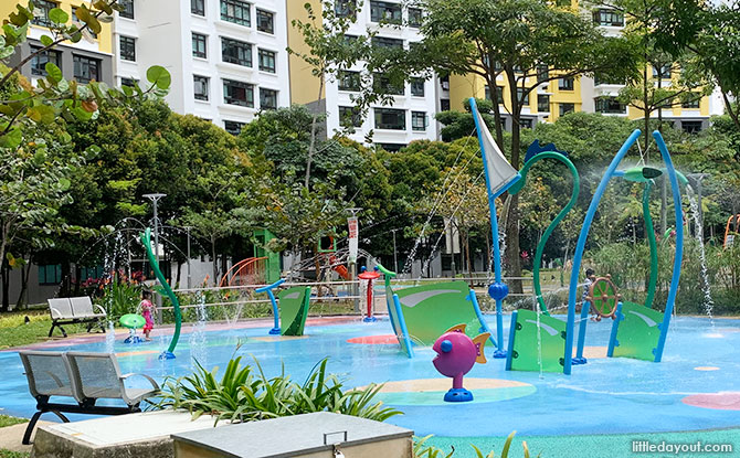 Jelutung Harbour Park Water Park