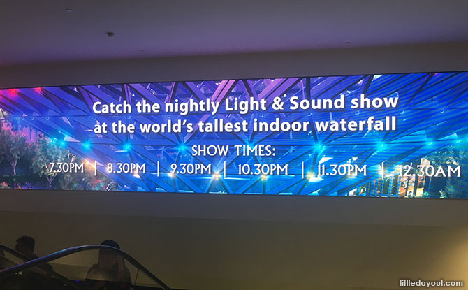 Jewel HSBC Rain Vortex Light Show And Times - Little Day Out