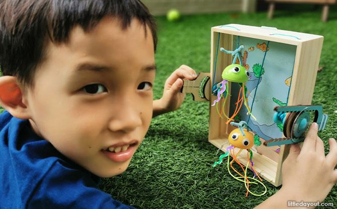 KiwiCo's Kiwi Crate Coral Reef Box