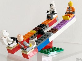 LEGO Seesaw Instructions: How To Build A Double Version Of This Popular Playground Equipment