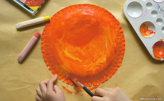 Paper Plate Tropical Hat Craft - Paint the Paper Plate