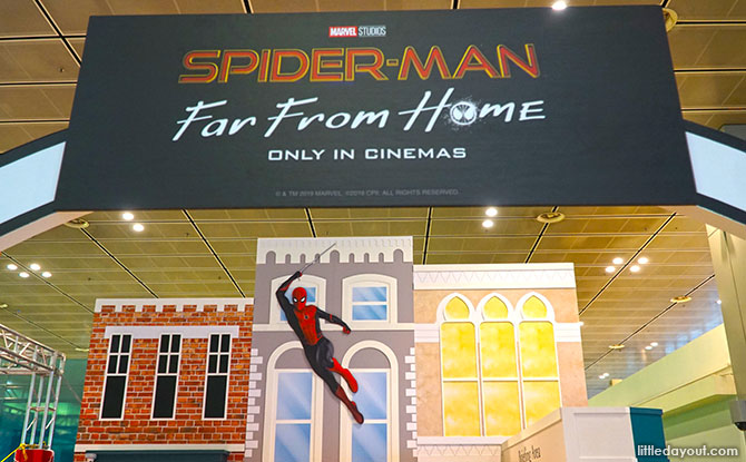 01-spider-man-far-from-home-changi-airport