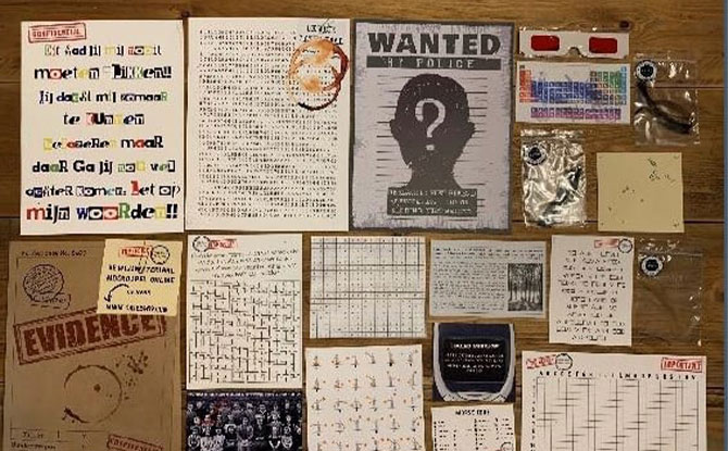 How is a Virtual Escape Room played?