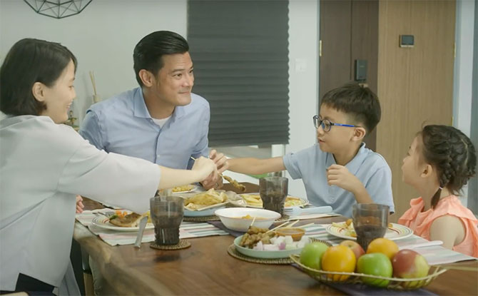 Today Is Eat With Your Family Day: Make Some Time Today