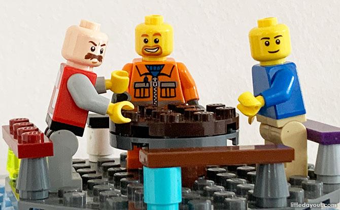 Build A LEGO Merry Go Round