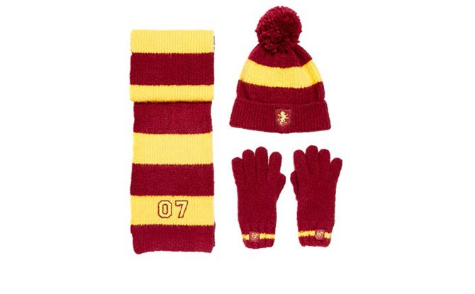 Harry Potter Gryffindor Hat, Gloves and Scarf set