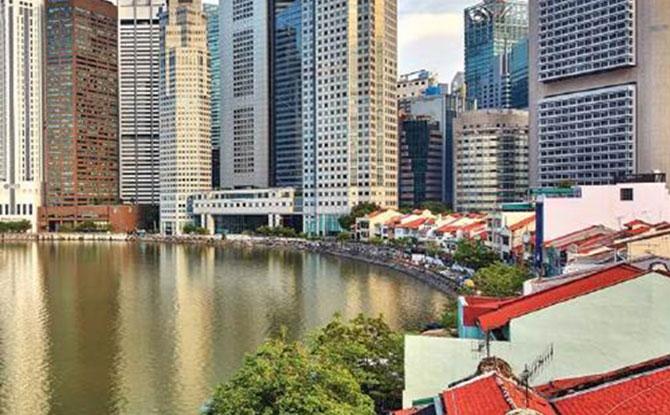 Singapore River Walk Virtual Guided Tour
