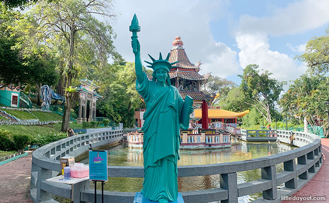 Statue of Liberty in Singapore