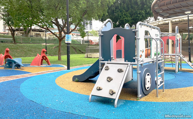 Old School Animal Playground At Toa Payoh Lorong 7 Park