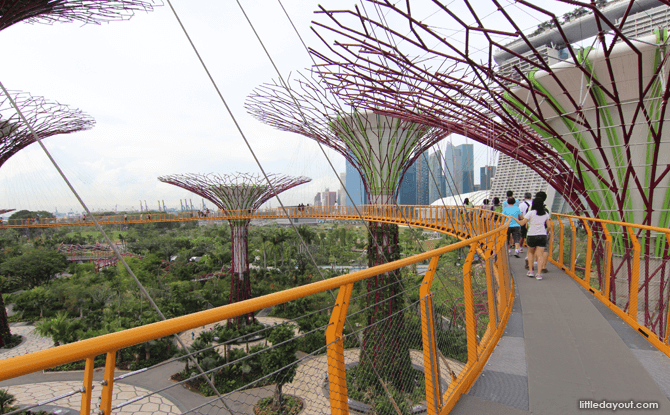 OCBC Skywalk