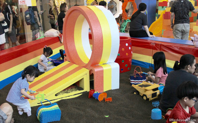 Cassia Seed Playground, Happy Castle, The Seletar Mall
