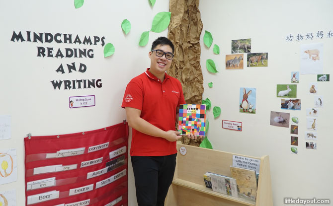 Mr Ezra Lee teaches MindChamps Reading & Writing, one of the curriculum's Core Programmes at MindChamps PreSchool Serangoon.