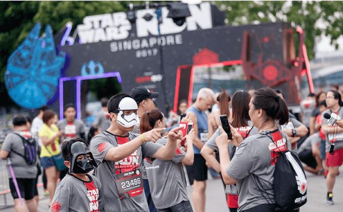 Fans at Star Wars Run