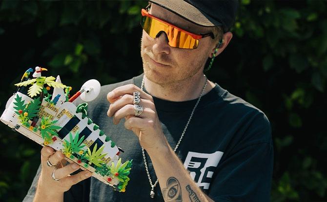 Customising a LEGO adidas Originals Superstar