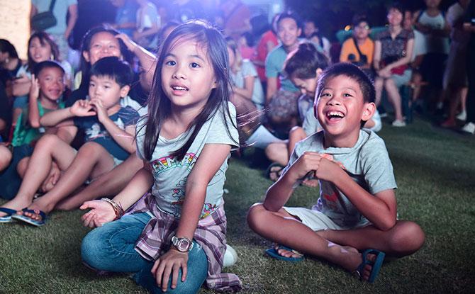 Wan Qing Festival Audience