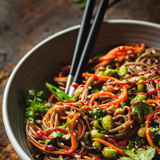 Soba Noodles with Edamame and Seaweed - Healthy Snacks for school
