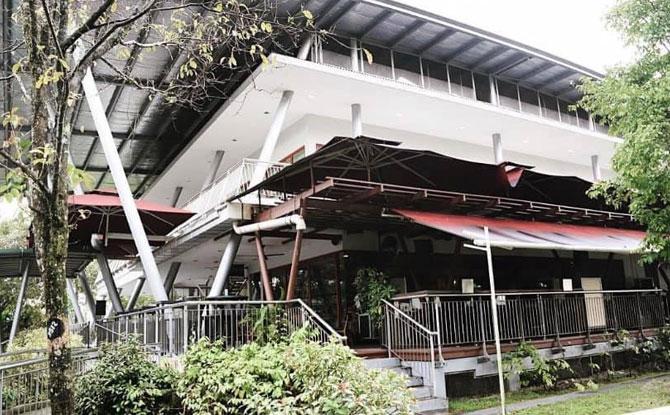 Cheval Cafe Bar & Bistro