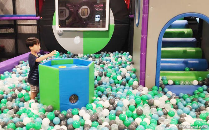 The World of Bouncy Fun & Ball Pits