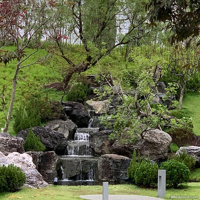 Serene Garden: Rocks and Water