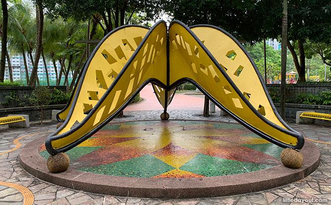 Woodlands Crescent Park Sculpture