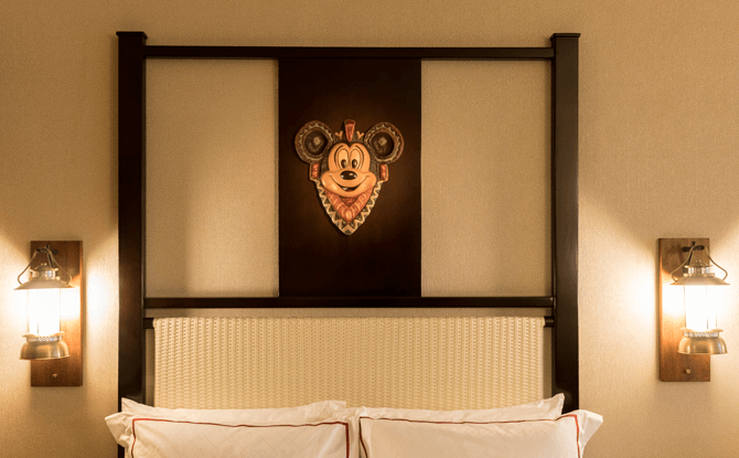 Hotel Room, Hong Kong Disneyland Resort