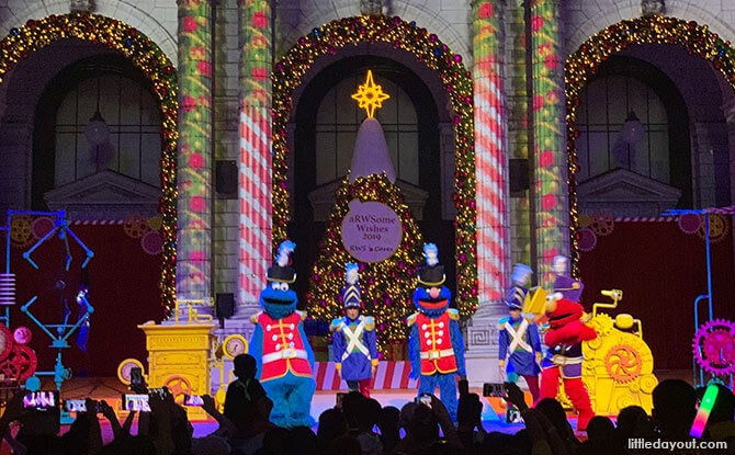 Universal Christmas 2019's The Great Christmas Invention: Churning Out A Spectacular Show At Universal Studios Singapore