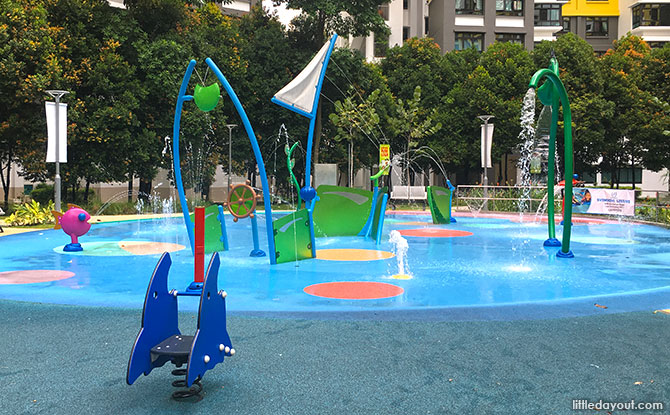 Jelutung Harbour Park Water Playground