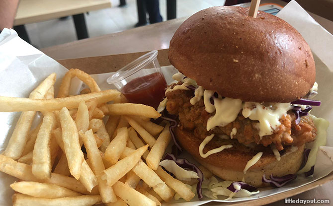 Hammee's Fried Chicken Burger