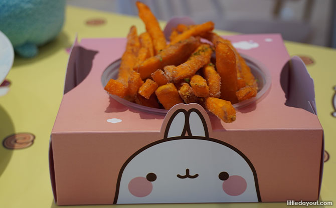 Snacks at Kumoya's Molang x Kumoya pop-up