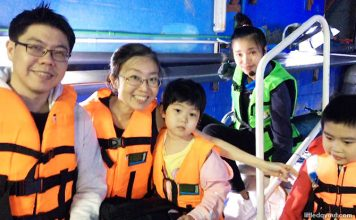 Sea Life Bangkok Ocean World: Exploring Life Beneath the Waters & Riding On Glass-Bottom Boat!
