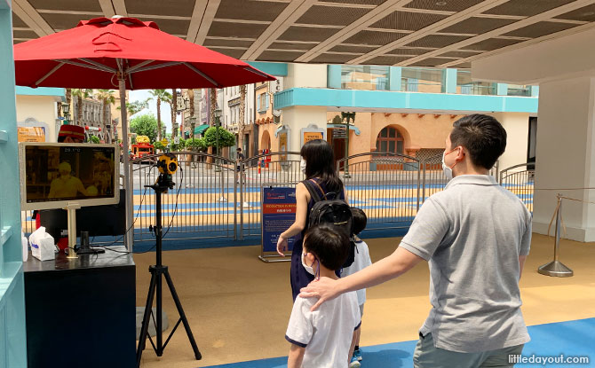 High-tech thermal scanners at Universal Studios Singapore
