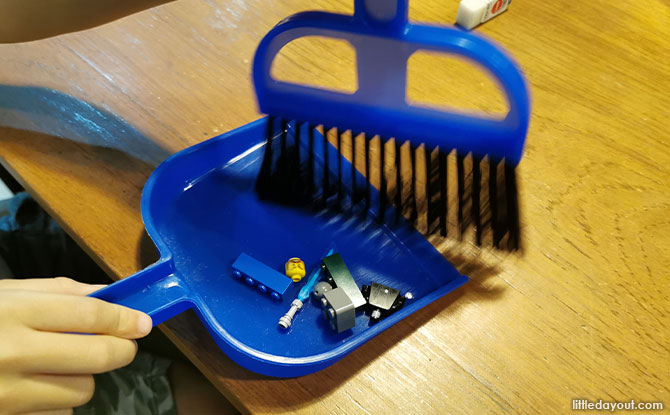 Small Broom with Dustpan
