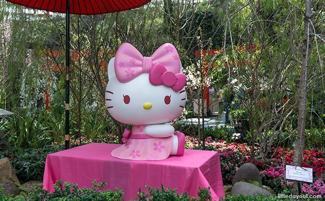 Hello Kitty at Gardens by the Bay