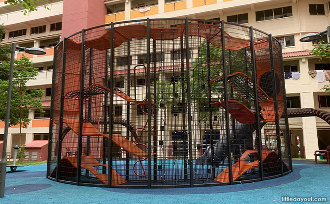Vertical playground at Jurong West Ave 5