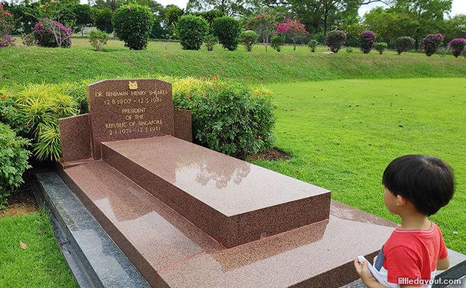 Benjamin Sheares' Grave