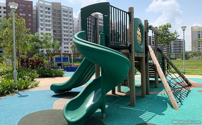 EastLawn@Caberra Playground