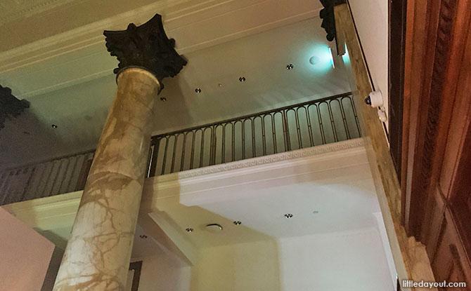 City Hall Chamber: A Grand Room