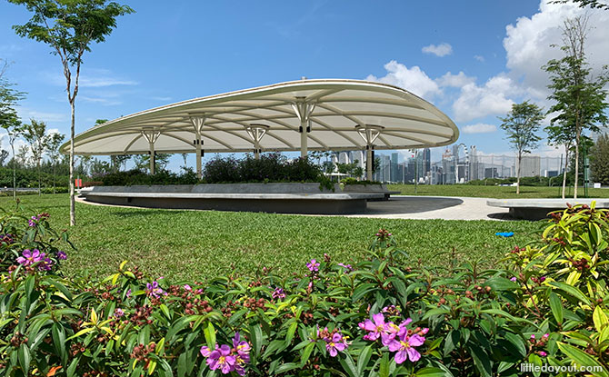 Green Roof At Keppel Marina East Desalination Plant: Recreational Space Along East Coast